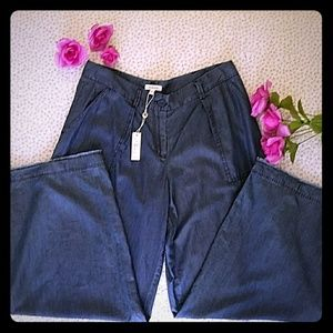 NWT - Comfortable Max Studio Wide Leg Jeans